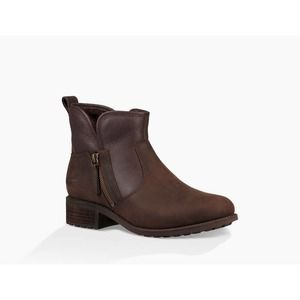 NWT UGG LaVelle Casual Boot in Stout in Size 8